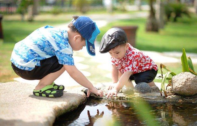 éducation primaire avec la méthode Montessori