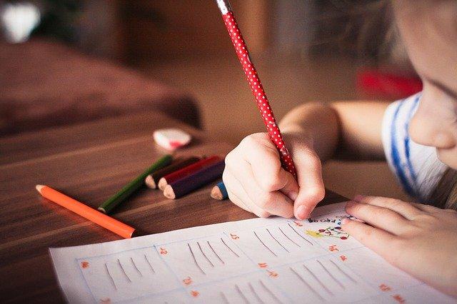 éducation maternelle avec la méthode Montessori